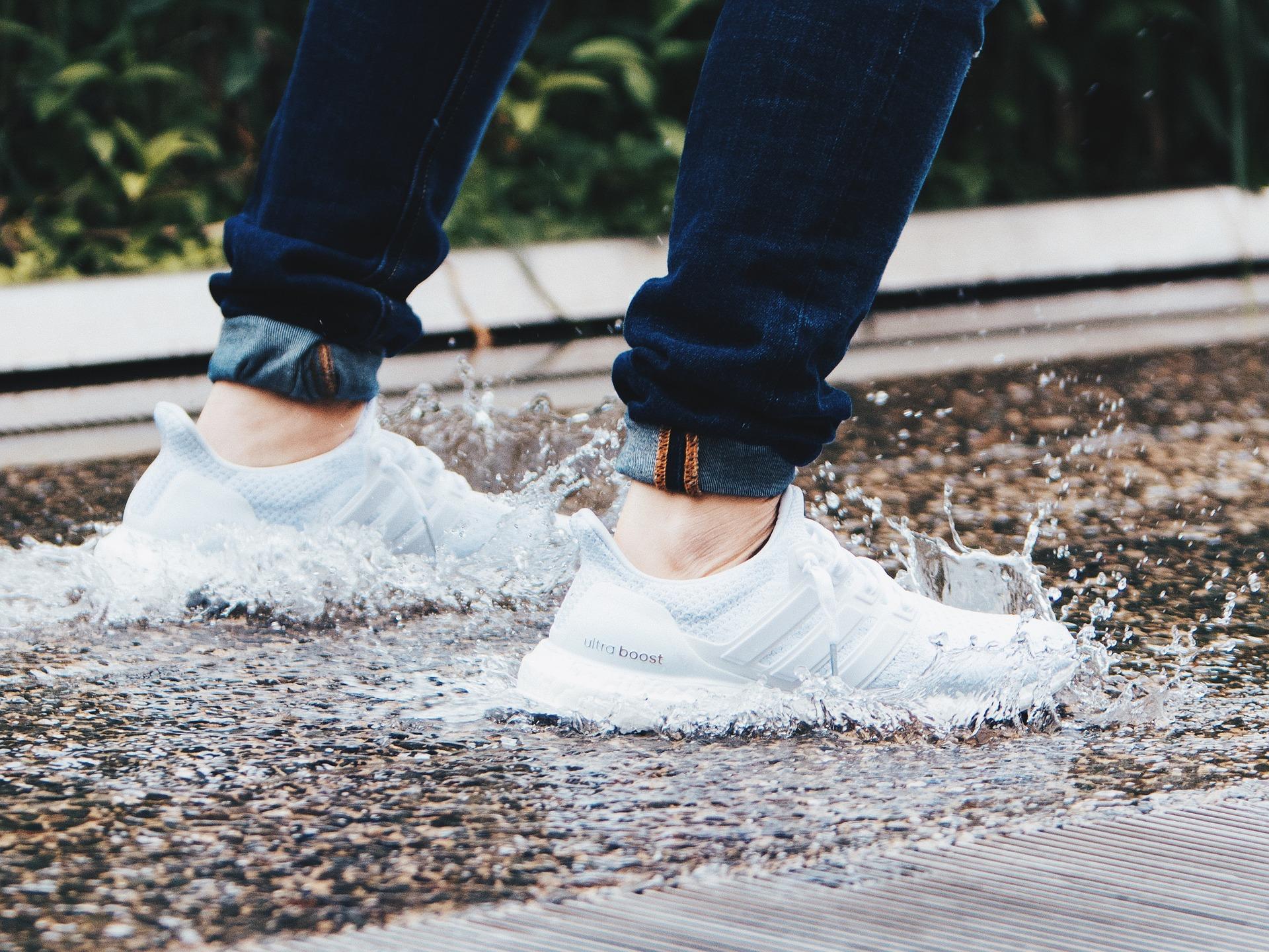 Boost är en av adidas mest populära skomodeller. De erbjuder en rad olika löparskor.